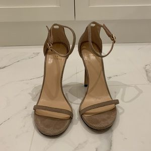 Stuart Weitzman Nudist Sandals in Nude Goosebump